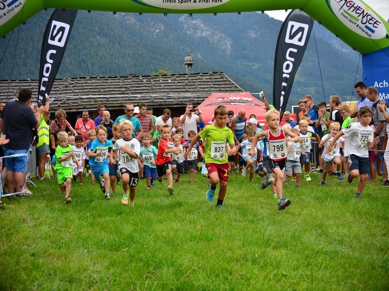 Achensee Kinderlauf Wettrennen am Achensee Tirol Sport Kinder