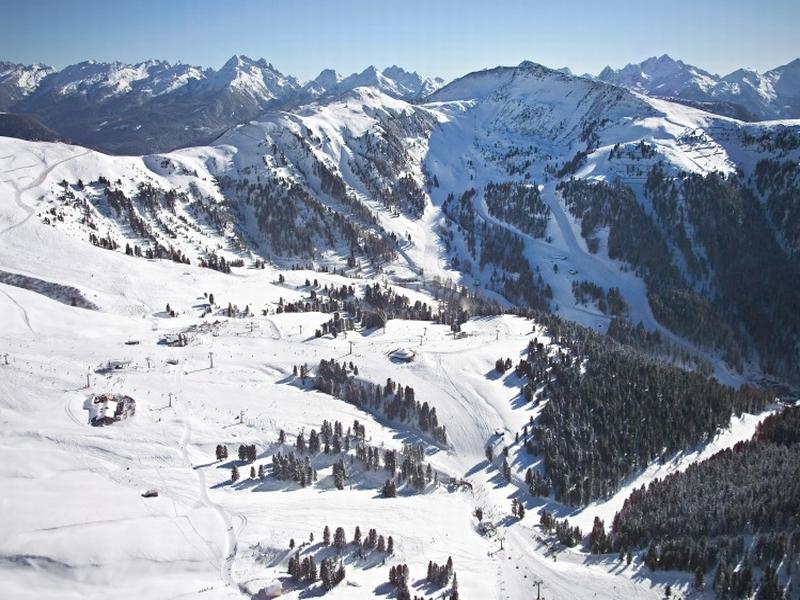 Obereggen Eggental Skisaison Landschaft Berge Schnee Winter Sport