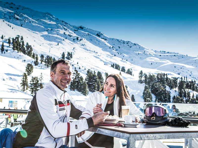 Frühstück Skifahren Hochzeiger Morgenrunde Pitztal