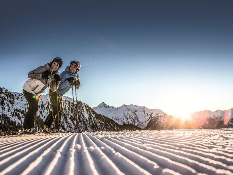 Sonnenaufgang Skifahren Hochzeiger Pitztal