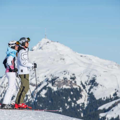 Skifahren Paar Kitzbühel