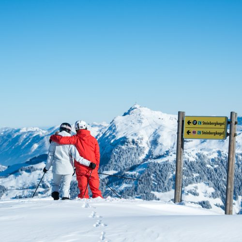 Ski Paar Steinbergkogel Kitzbühel Alpen Winter Wandern