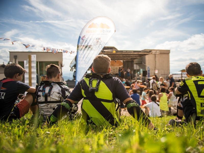 Konzert Rosadira Bike Park Eggental Zuschauer Life Unplugged