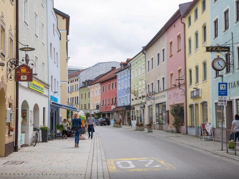 Teisendorf Fußgänger Häuser