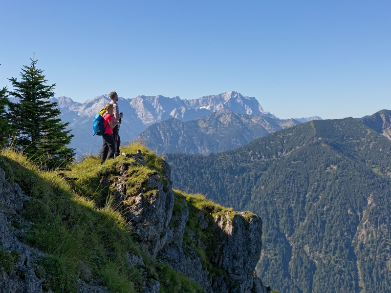 Naturpark Ammergauer Alpen Berge Wanderer
