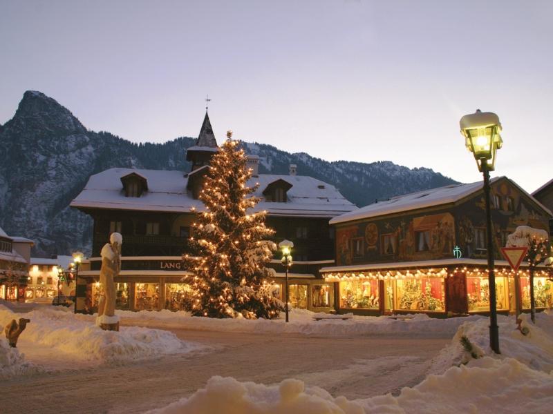 Oberammergau, Weihnachten, Weihnachtsbaum, _Weihnachtsbaum, Ammergauer Alpen GmbH Eberhard Starosczik
