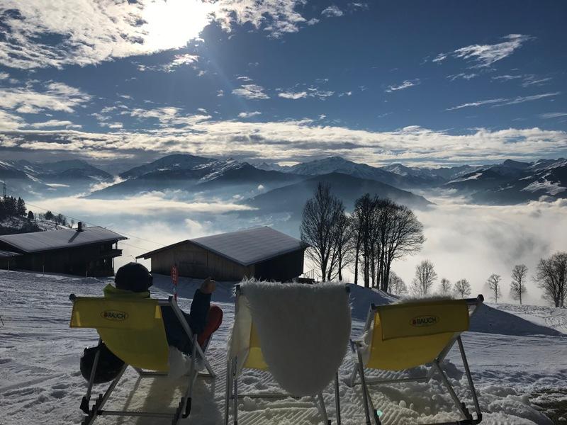 Skihütten-Gaudi, Kitzbüheler Alpen, Ferienregion Hohe Salve