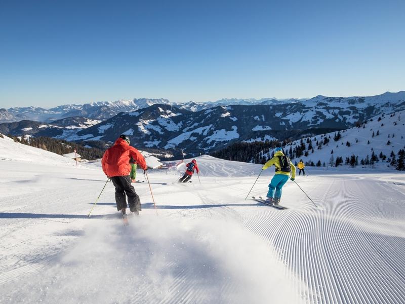 Wildschönau, Sonnenskilauf, Alpbachtal, Skihütte, Band Rat Bat Blue, Sonnenbrille