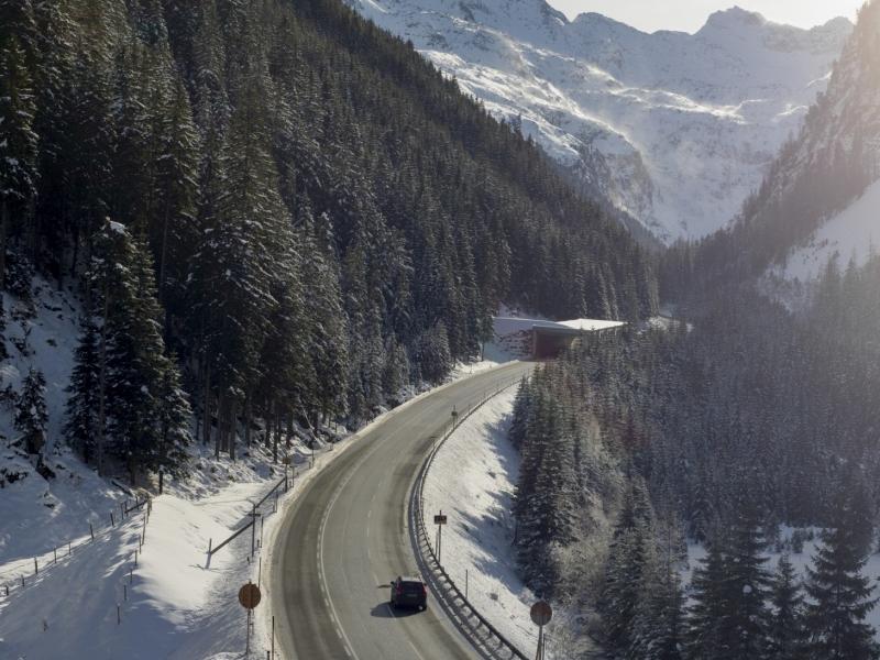 Felbertauernstraße Einfahrt Tunnel