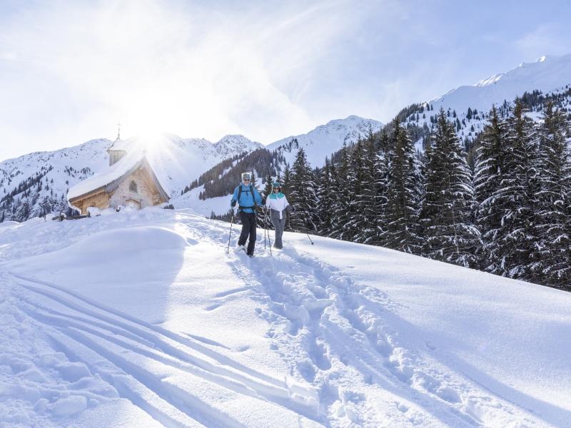 2 Personen Schneeschuhwanderung Kapelle