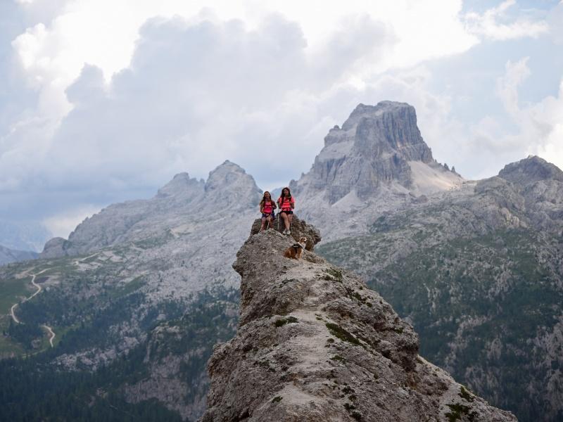 Gipfel 2 Frauen mit Hund