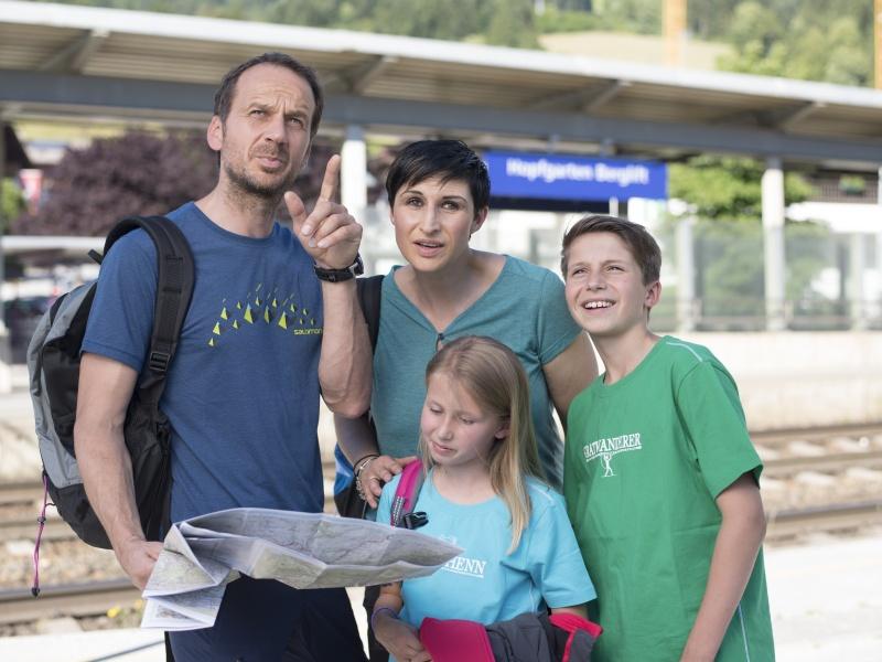 Familie Landkarte Bahnhof