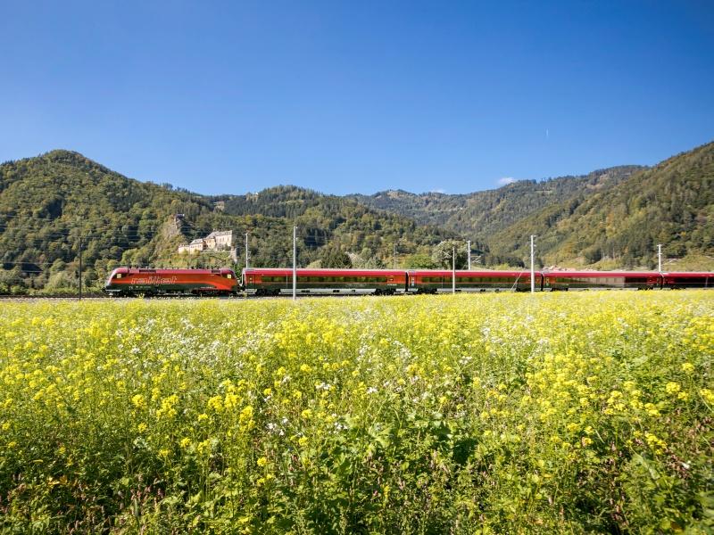 Railjet Zug Kitzbüheler Alpen