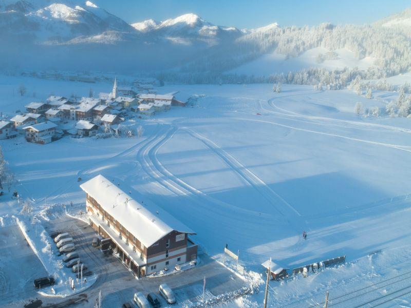 Winterbild Fairhotel Hochfilzen Luftbild
