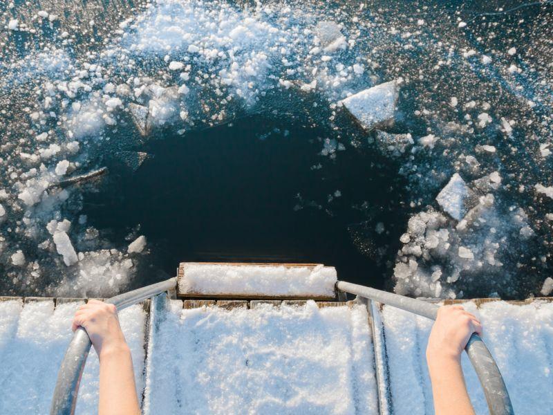 Einstieg Steg Eis See