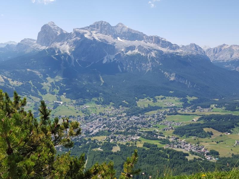 Bergdorf Cortina d'Ampezzo