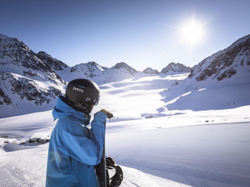 Pitztal Gletscher Snowboarder