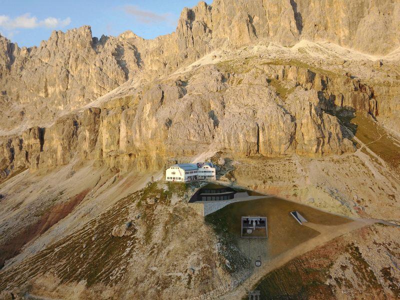 Neue Bergstation König Laurin Bahn Sommer