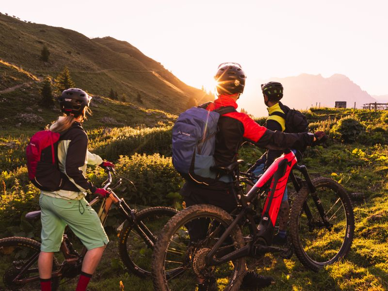 Mountainbiker Sonnenuntergang