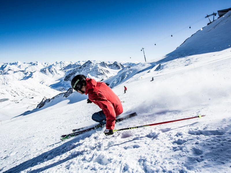 Skifahrer Gletscher Pitztal
